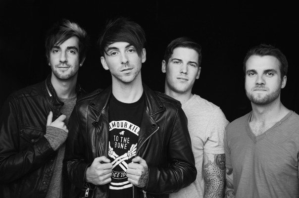 Filmtrailer Fan Girl (met All Time Low) online
