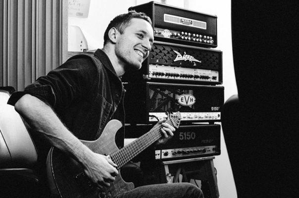 Architects-gitarist Tom Searle overleden